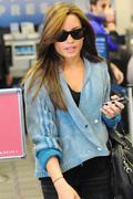 Demi Lovato Booty in jeans