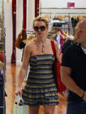 Britney Spears Th_04208_November_23_-_Britney_shopping_at_Queens_Plaza_in_Brisbane4_Australia3_122_195lo