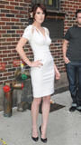 th_87717_celebrity-paradise.com-The_Elder-Rumer_Willis_2009-08-31_-_At_The_Late_Show_with_David_Letterman_2126_122_247lo.jpg