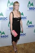 Chelsea Handler - Nice boobs red carpet