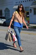 Джордана Брюстер, фото 1248. Jordana Brewster - booty in jeans at Byron and Tracey salon in Beverly Hills 03/02/12, foto 1248